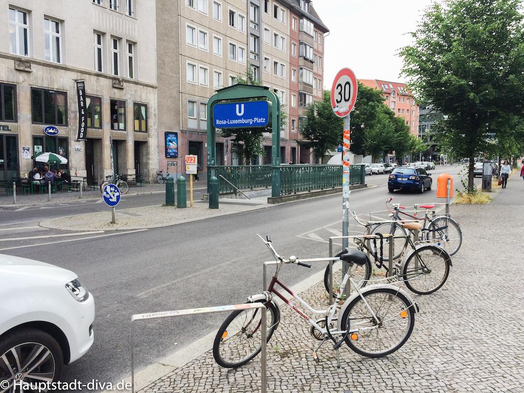 Tatort zuhause schauen? Wir gehen in die Volksbar   hauptstadt-diva.de